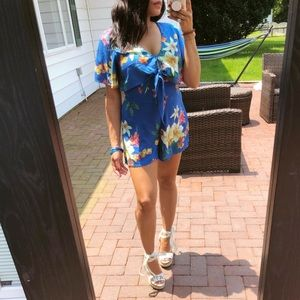Pants - 🆕'LILLY' Floral romper